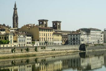 Arno, north bank_Florence - 20200916.jpg